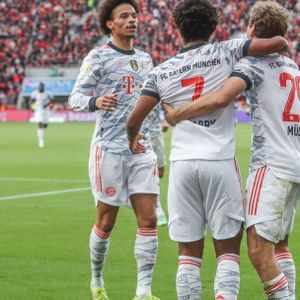 Jubelnde Bayern-Spieler