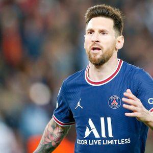 Lionel Messi wirkt überrascht